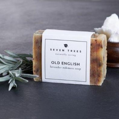 SEVEN TREES OLD ENGLISH Lavendel Eichenmoos Seife